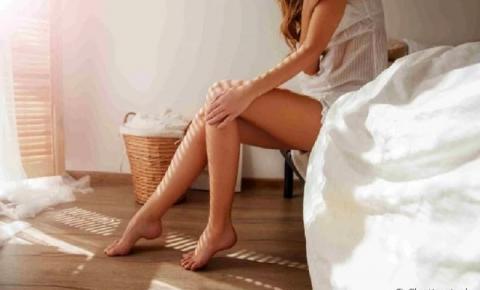 Manchas Roxas no Corpo: O que significam? Descubra o que pode estar causando as marcas na pele
