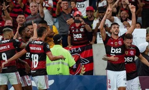 Rivais do Flamengo, jornais equatorianos enaltecem duelos com grandes do país