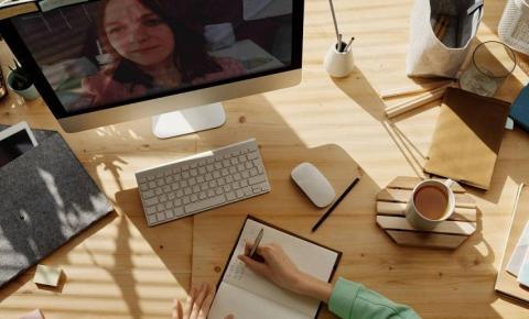 Covid-19: Google e Facebook estendem home office até o fim do ano