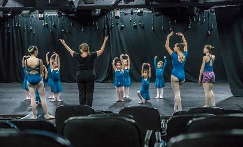 Fundação das Artes oferece cursos infanto-juvenis de Artes Visuais, Dança, Música e Teatro