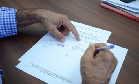 Prefeitura e Caixa Econômica Federal assinam aditivo que permite carência em empréstimo consignado para servidores