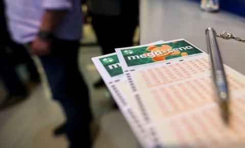 Mega-Sena acumula; prêmio vai a R$ 6,5 milhões