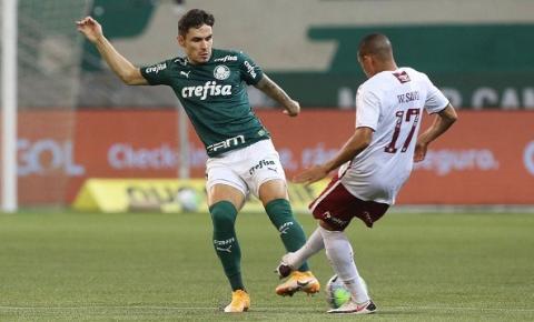 Palmeiras mantém embalo, vence Fluminense e encosta nos líderes