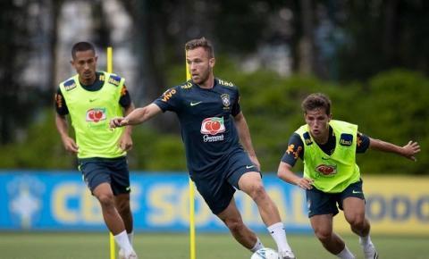 Seleção: com dúvida no meio-campo, Tite mantém base contra o Uruguai