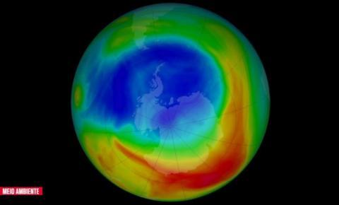 Após atingir tamanho recorde, buraco na camada de ozônio sobre a Antártida se fecha