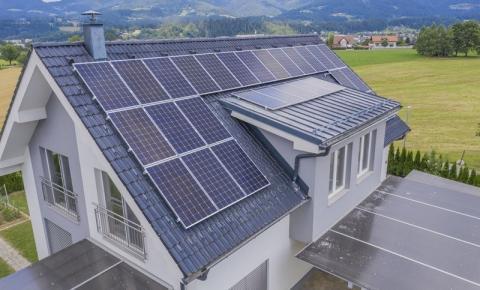 O que é energia solar e como ela gera energia elétrica