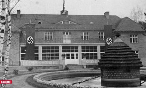 Aos 95 anos, ex-secretária de comandante nazista é acusada de ser cúmplice do Holocausto