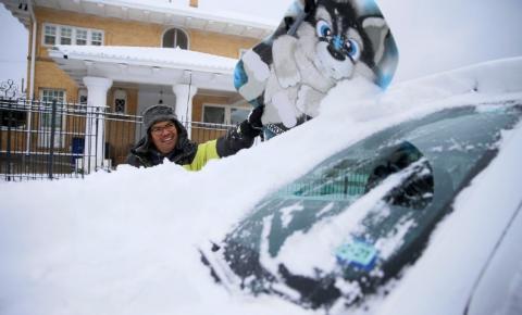 Onda de frio deixa um morto e mais de 4 milhões sem energia no Texas