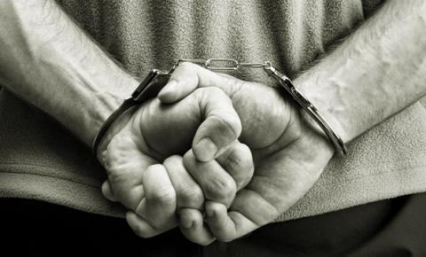 Homem realiza furto em supermercado e é preso pela Polícia no bairro Umuarama