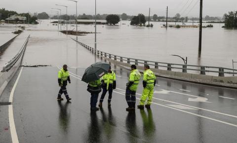Inundações na Austrália desalojam 18 mil pessoas