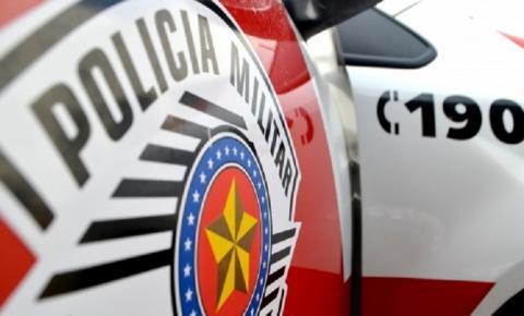 PM prende rapaz em atitude suspeita, por tráfico de drogas no bairro Águas Claras
