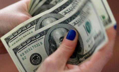 Dólar fecha a R$ 5,68 em dia de otimismo externo e interno