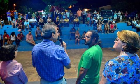 Praça Florisval de Oliveira recebe evento