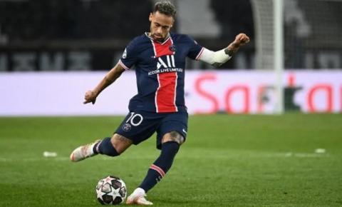 Dirigente do Paris Saint-Germain, Leonardo não descarta saída de Neymar