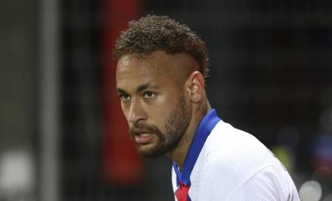 Nike encerrou contrato após Neymar não colaborar em investigação sobre assédio sexual