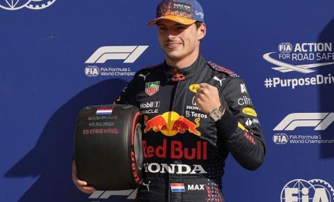 Max Verstappen fica com a pole position para o GP da Holanda de F1