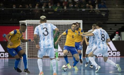 Futsal: Brasil cai para Argentina e adia sonho de reconquistar o mundo