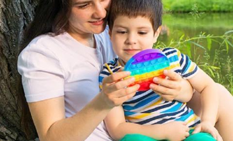 Brinquedo antiestresse: entre na onda dos fidget toys