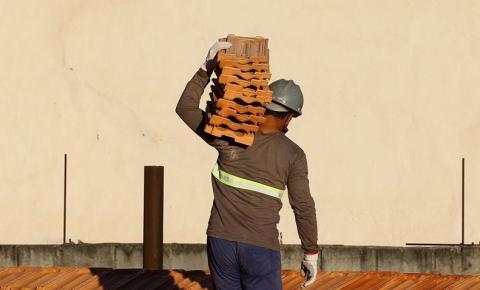 Índice da construção civil é de 0,88% em setembro, o menor em 2021