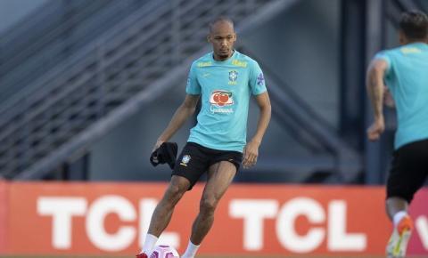 Eliminatórias: Fabinho comemora sequência como titular da seleção