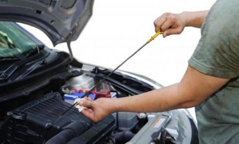 Revisão do carro é essencial para garantir a segurança durante a viagem