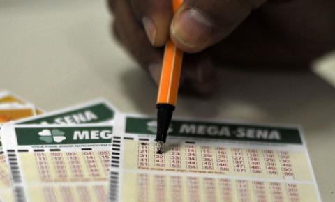 Mega-Sena pode pagar prêmio de R$ 27,5 milhões neste sábado