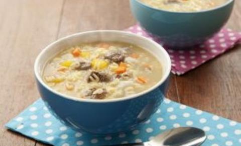 Basilar sugere sopas super nutritivas para aquecer as férias dos pequenos