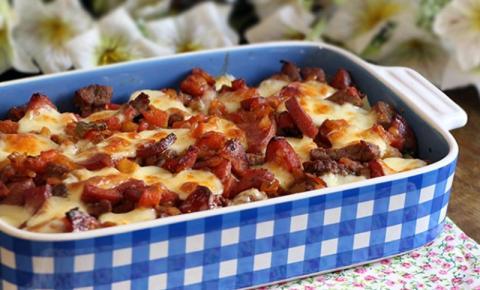 Batata Gratinada com Bacon e Requeijão