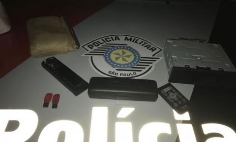 PM prende um homem e apreende um adolescente por furto a interior de veículos em Dracena