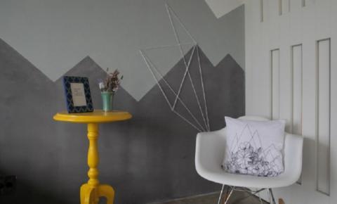 Faça você mesmo uma decoração para parede com linha e parafusos