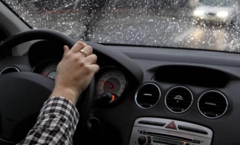 Detran.SP dá dicas de segurança para dirigir em dias chuvosos
