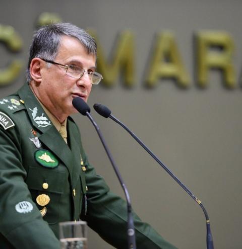 """Comandante diz que os soldados estão """"prontos para defender de qualquer tipo de ameaça"""""""