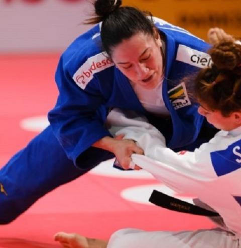 Mayra Aguiar derrota portuguesa em disputa por bronze e amplia para seis sua coleção de medalhas em Mundiais