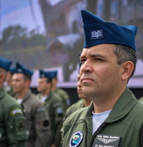 Decreto regulamenta contratação de militares inativos; entenda