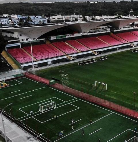 Botafogo e Portuguesa fazem duelo quente dentro e fora de campo